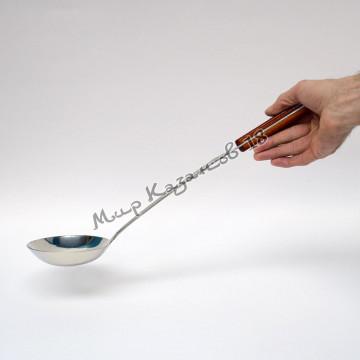 Половник 47 см с деревянной ручкой