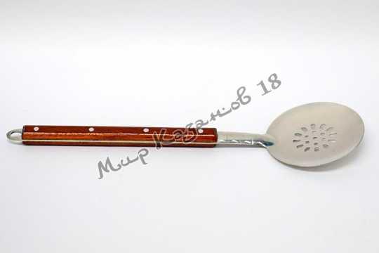 Шумовка 40 см с деревянной ручкой